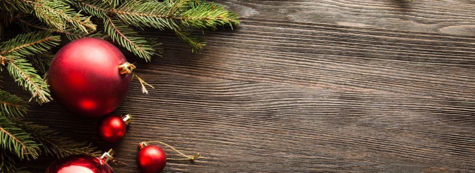 Evergreens & Christmas ornaments